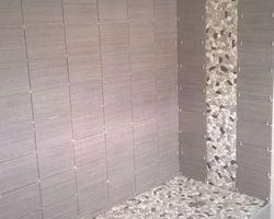 Calheiros Plomberie Rénovation - Tullins - Rénovation salle de bain COMPLETE _ Création douche à l'italienne